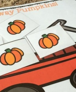 {FREE} Sixteen Runaway Pumpkins Board Game!